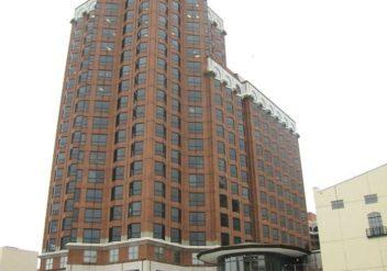 Milwaukee Center Office Tower